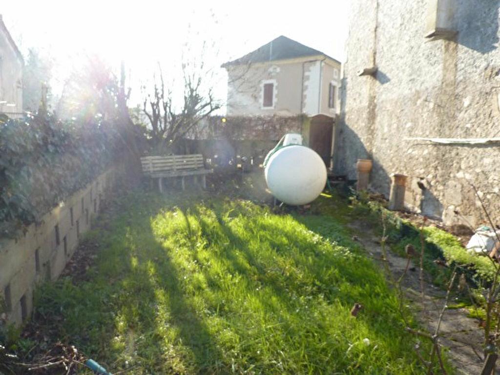 Achat Maison 6 pièces à Razac-sur-l'Isle - vignette-6