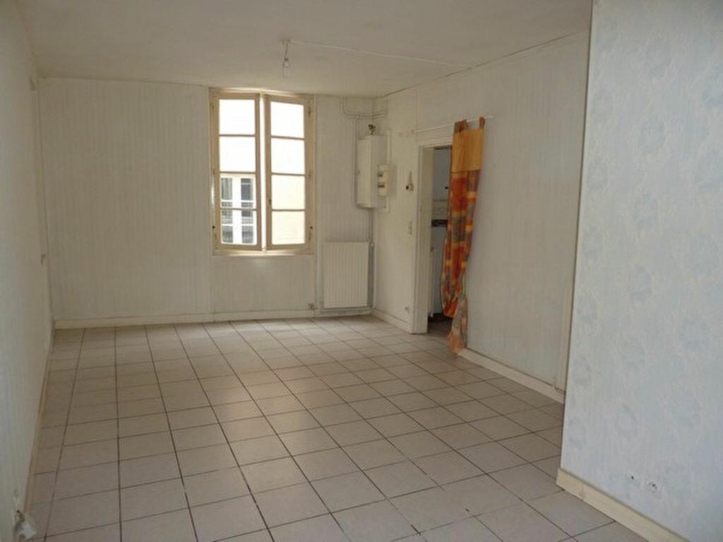 Achat Maison 4 pièces à Saint-Astier - vignette-1