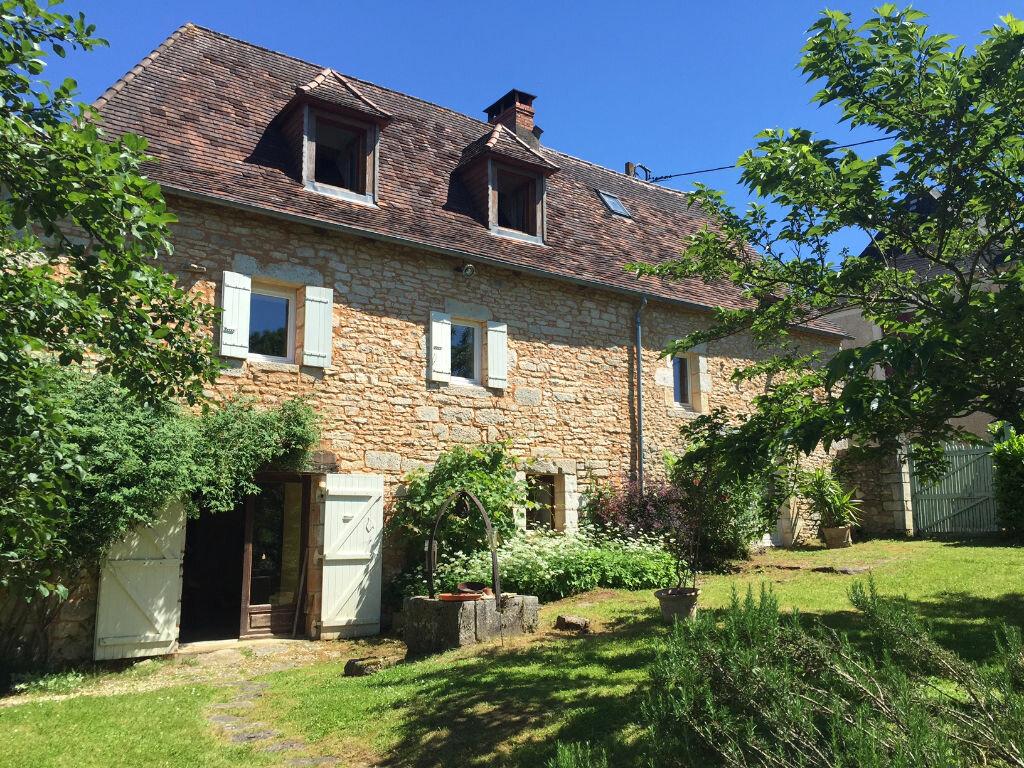 Achat Maison 5 pièces à Saint-Pantaly-d'Ans - vignette-1