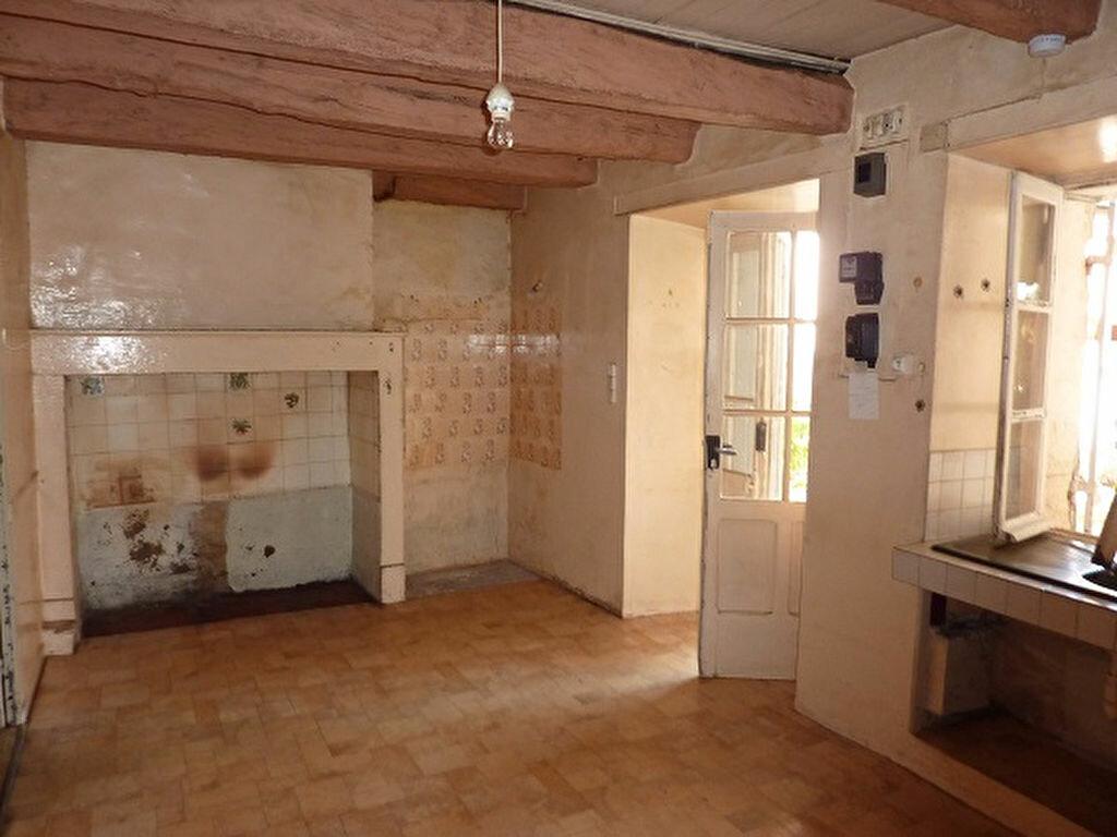 Achat Maison 2 pièces à Saint-Astier - vignette-2