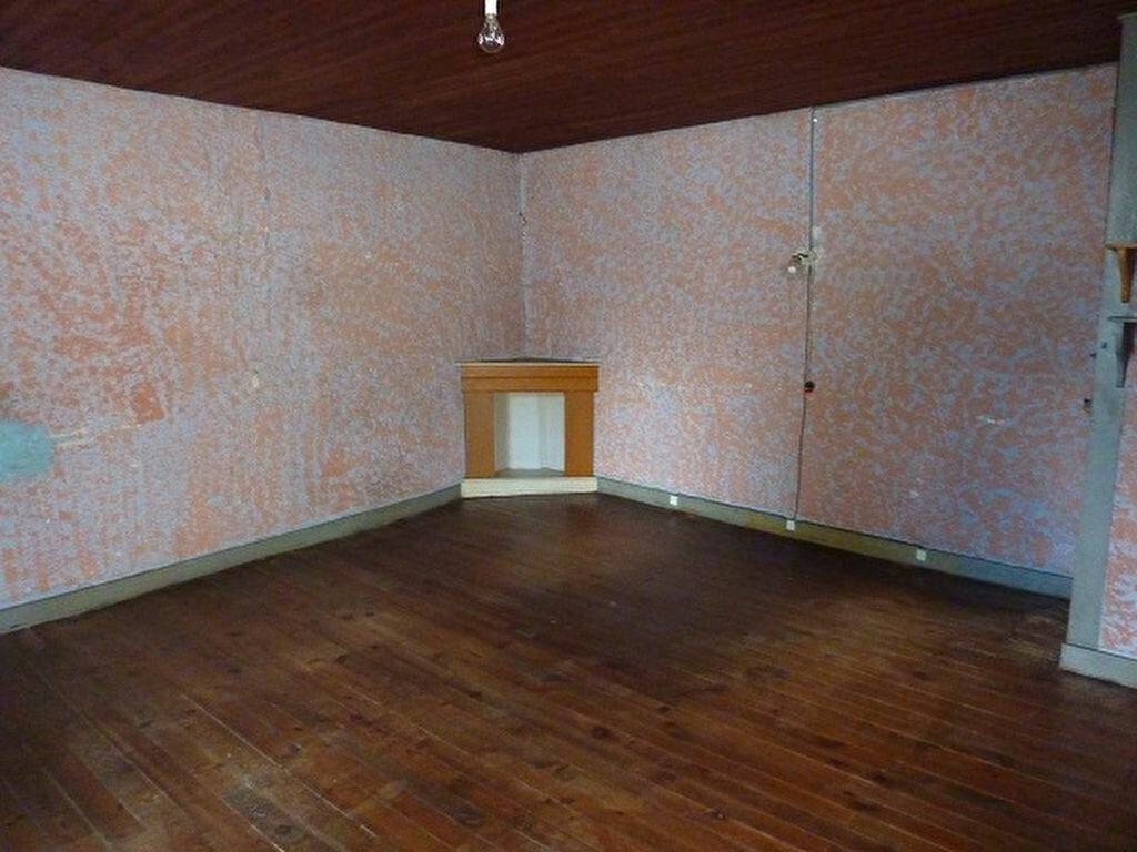 Achat Maison 2 pièces à Saint-Astier - vignette-3