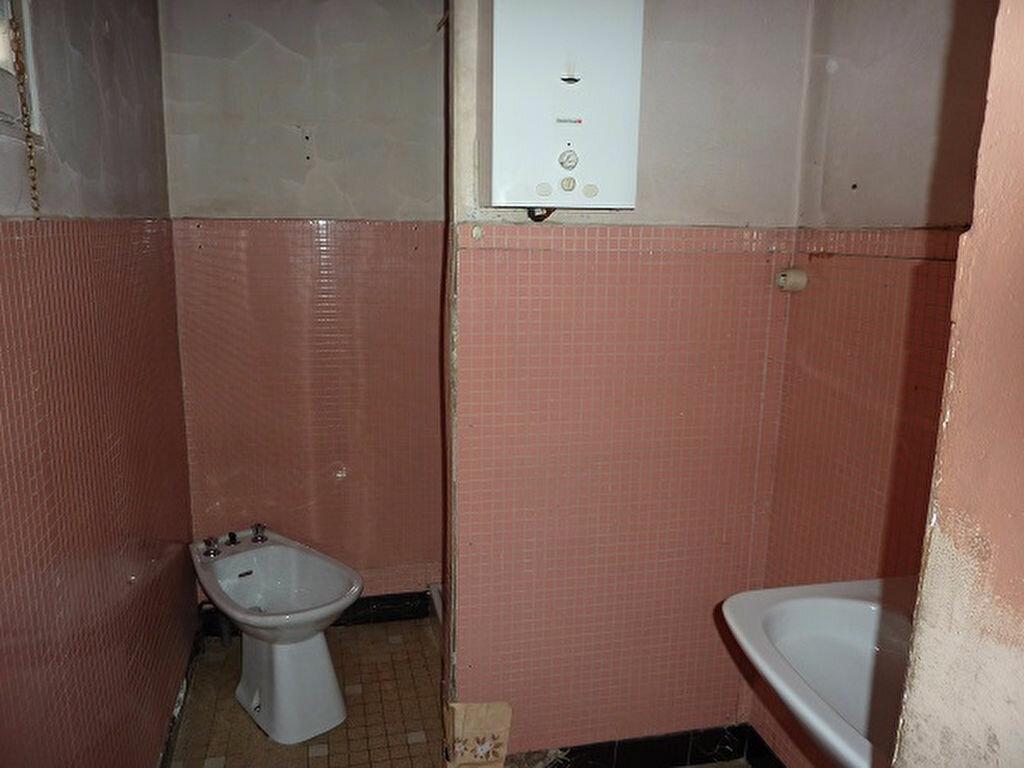 Achat Maison 2 pièces à Saint-Astier - vignette-4
