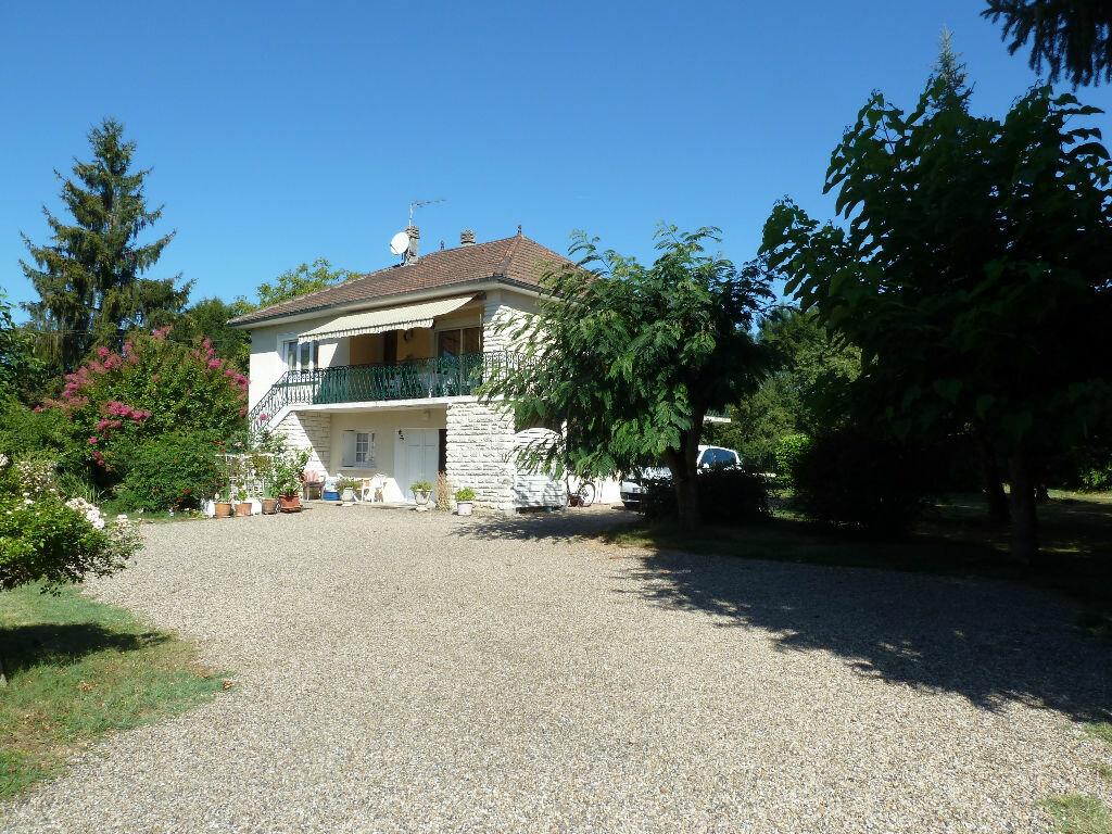 Achat Maison 5 pièces à Saint-Astier - vignette-3