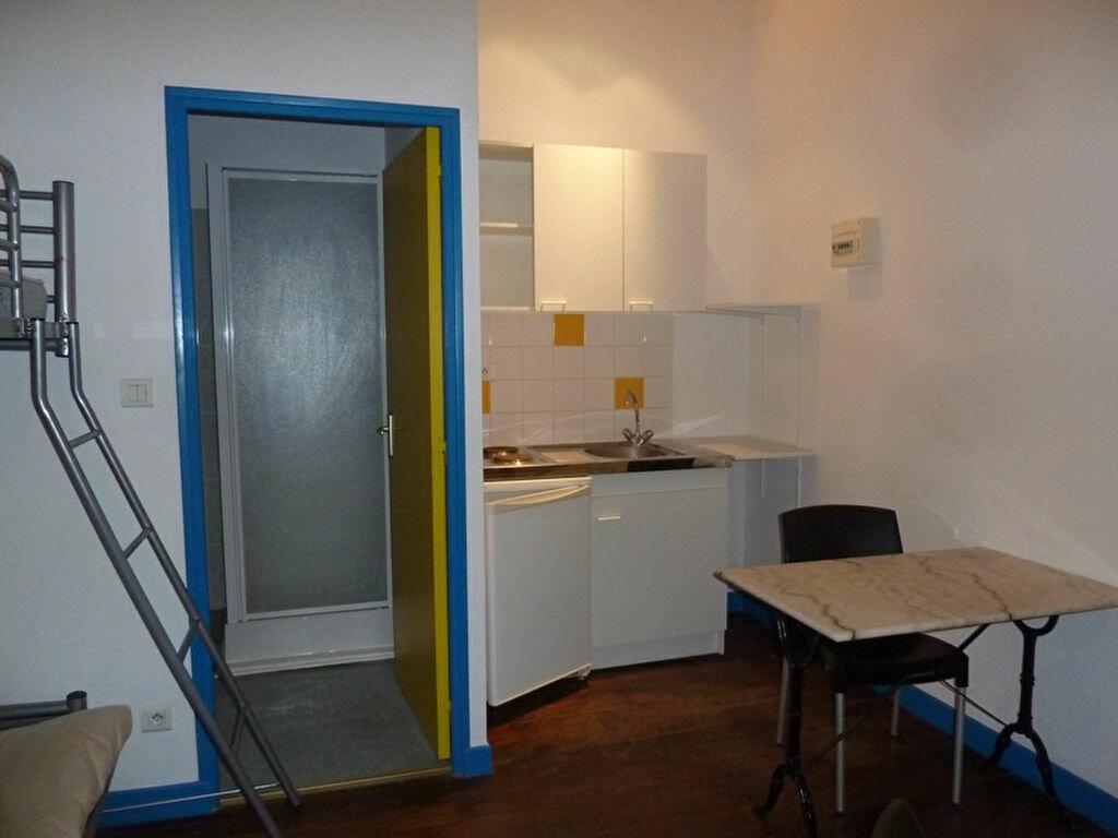 Location Appartement 1 pièce à Périgueux - vignette-5