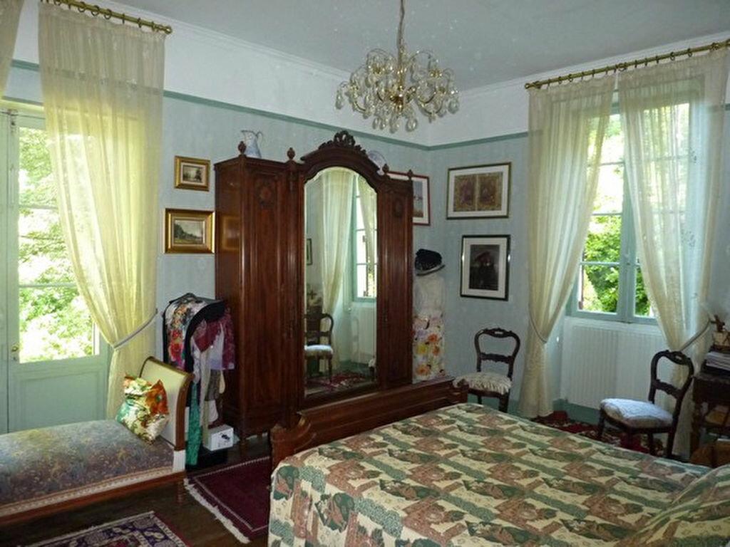 Achat Maison 6 pièces à Saint-Aquilin - vignette-10