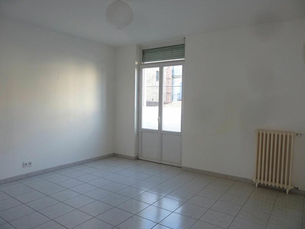 Location Appartement 4 pièces à Périgueux - vignette-1