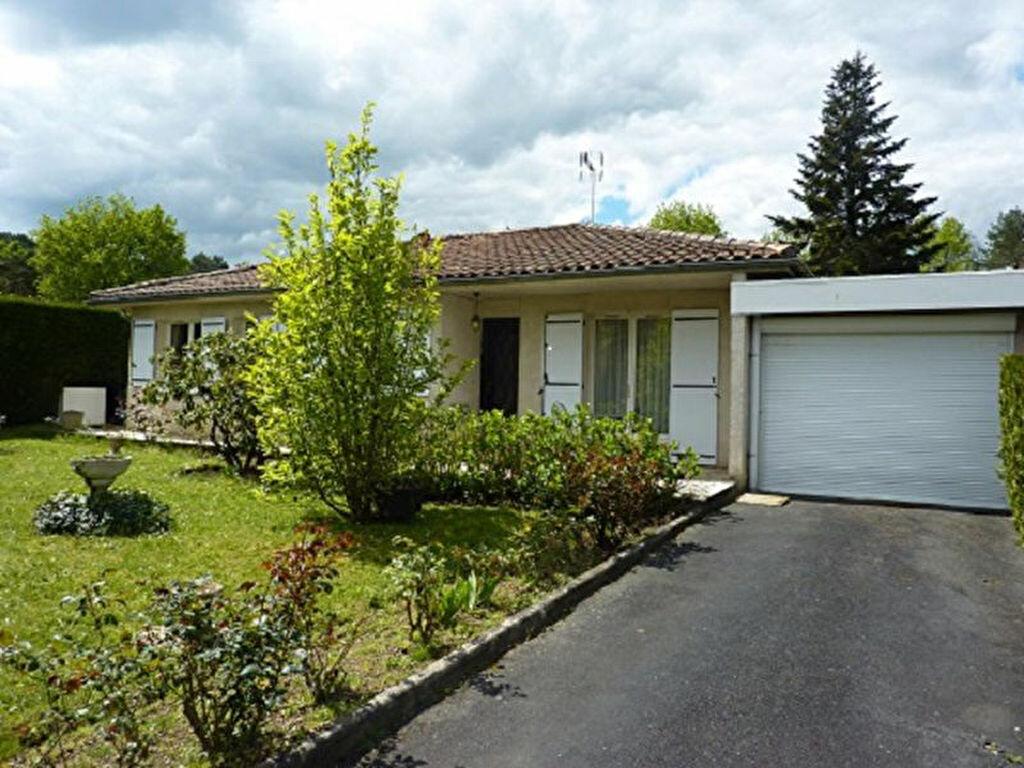 Location Maison 4 pièces à Razac-sur-l'Isle - vignette-1