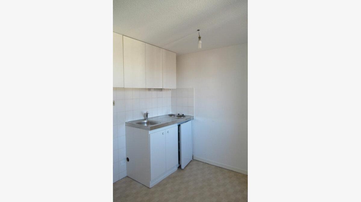 Location Appartement 2 pièces à Périgueux - vignette-2