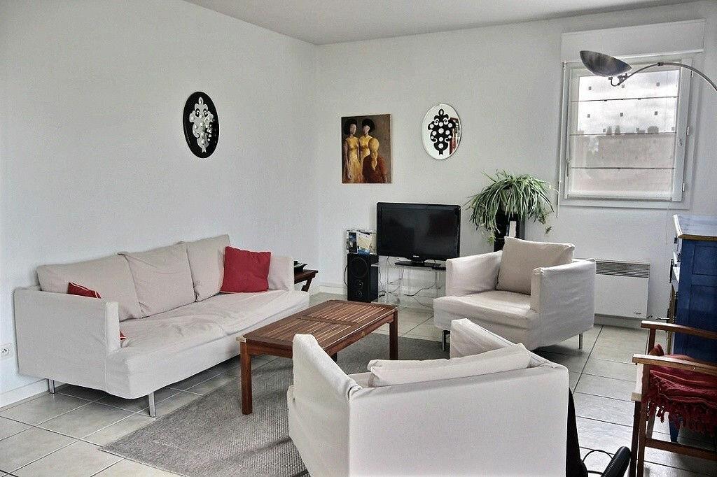 Achat Appartement 4 pièces à Pau - vignette-1