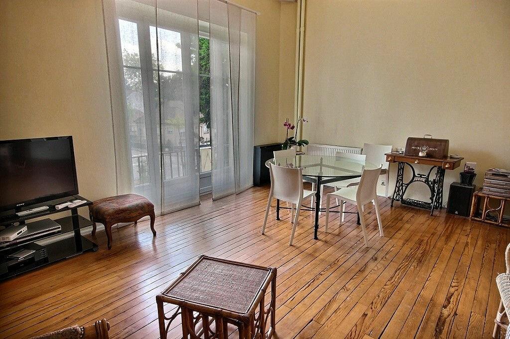 Location Appartement 4 pièces à Pau - vignette-1