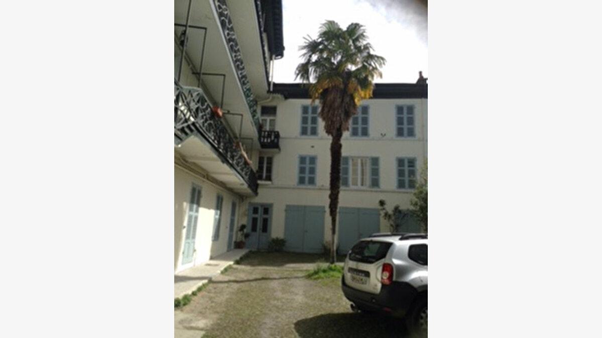 Achat Appartement 1 pièce à Pau - vignette-1