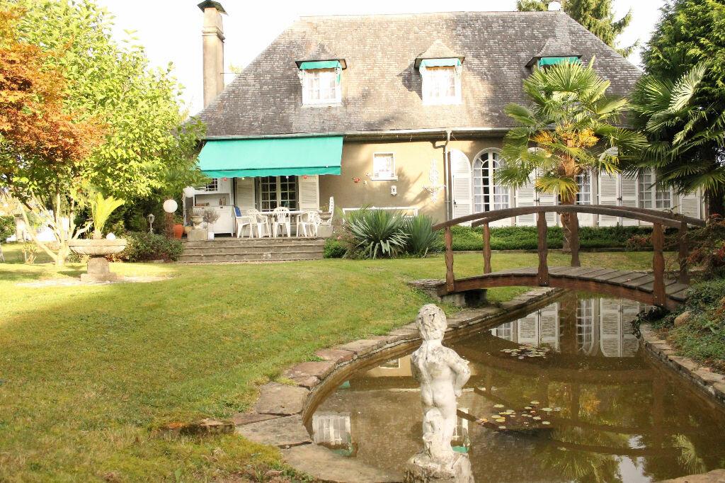 Achat Maison 6 pièces à Pontacq - vignette-1