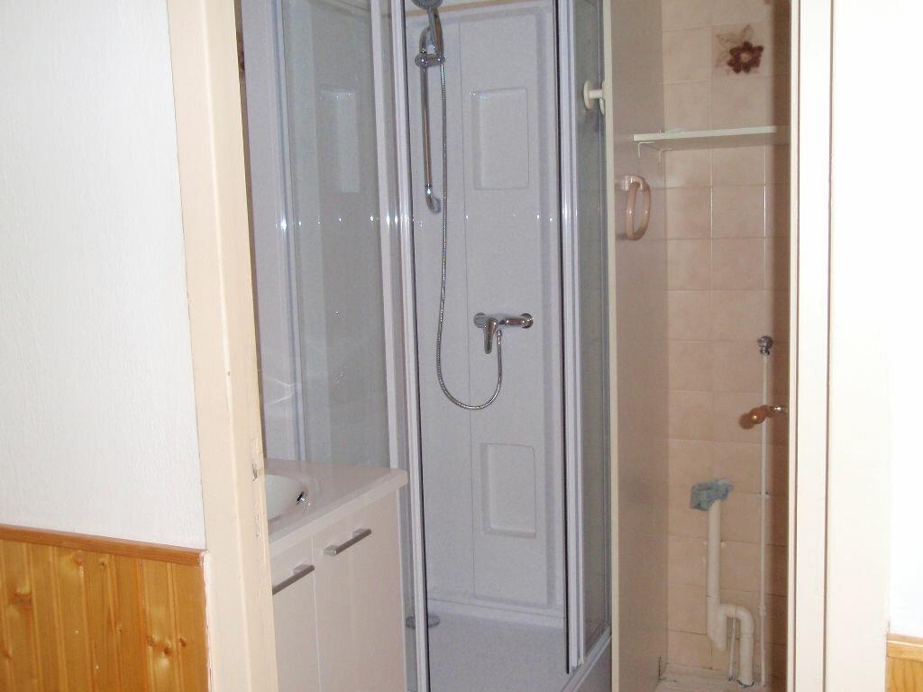 Location Appartement 3 pièces à Nay - vignette-6