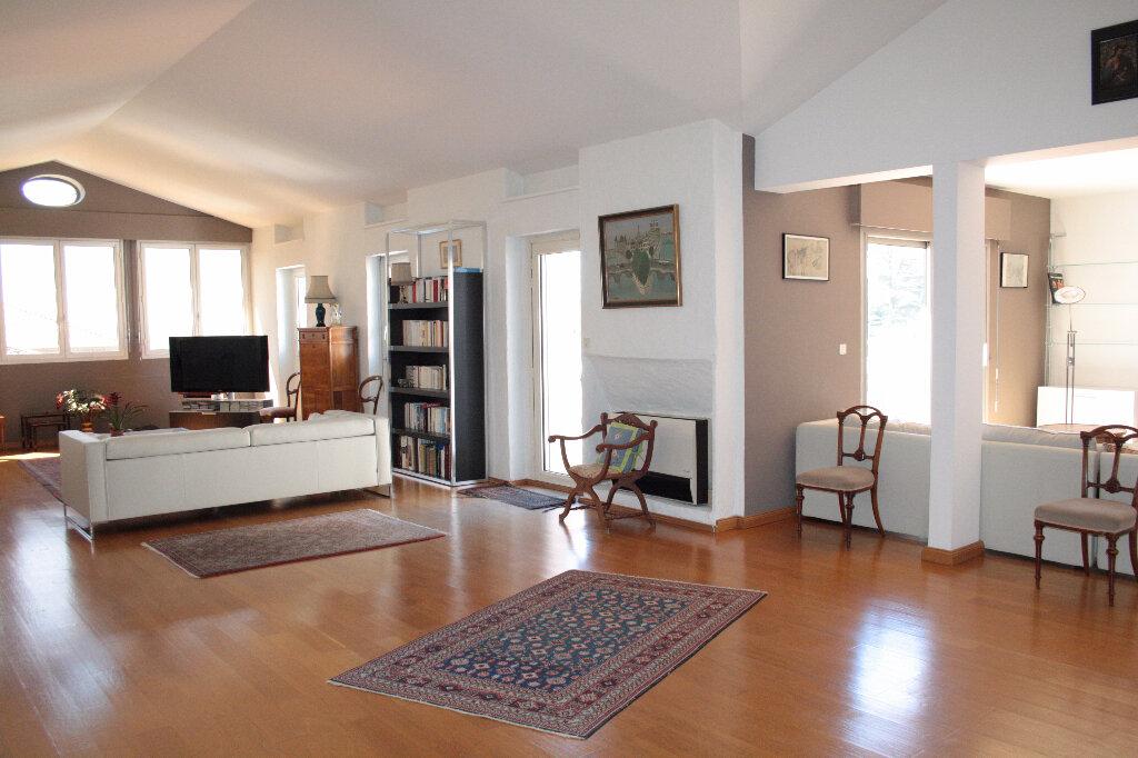 Achat Appartement 5 pièces à Aubenas - vignette-4