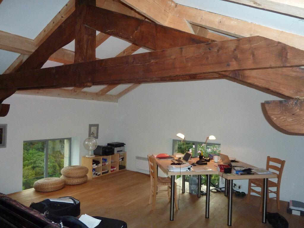 Achat Maison 6 pièces à Antraigues-sur-Volane - vignette-9