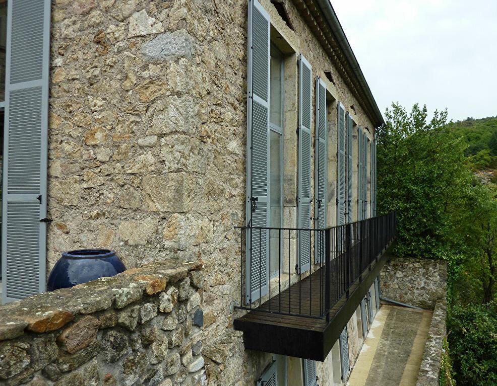 Achat Maison 6 pièces à Antraigues-sur-Volane - vignette-14