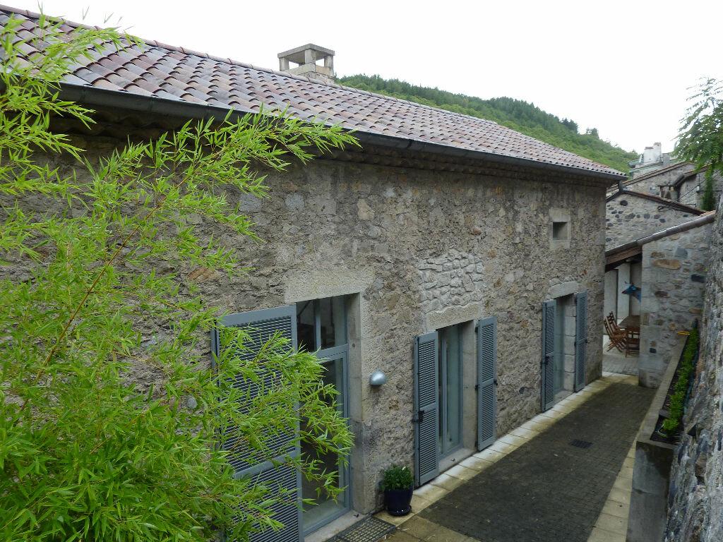 Achat Maison 6 pièces à Antraigues-sur-Volane - vignette-18