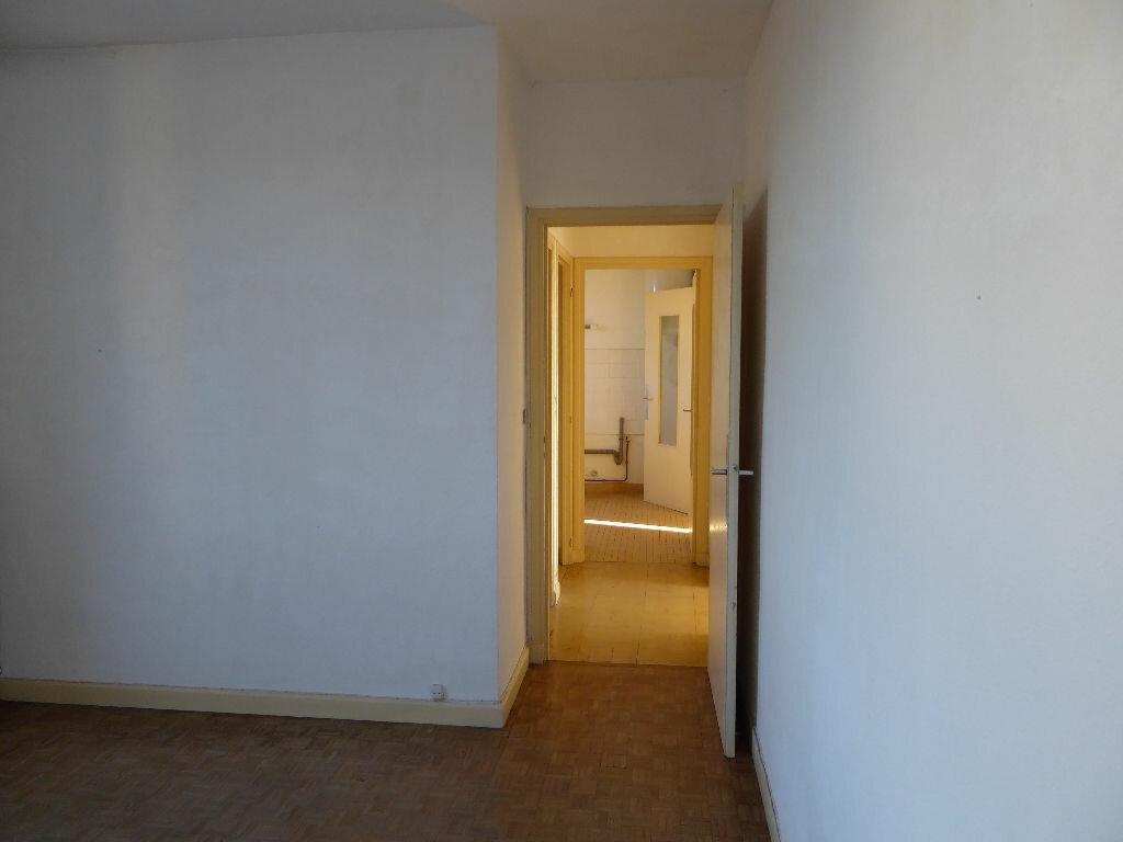 Achat Appartement 3 pièces à Aubenas - vignette-2