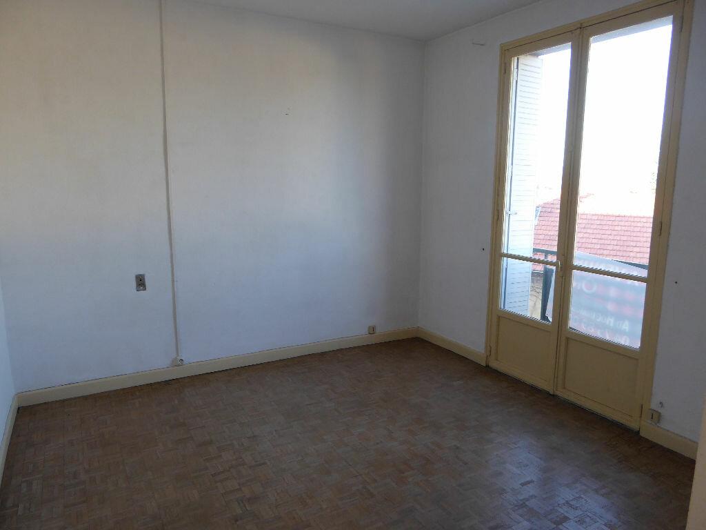 Achat Appartement 3 pièces à Aubenas - vignette-3