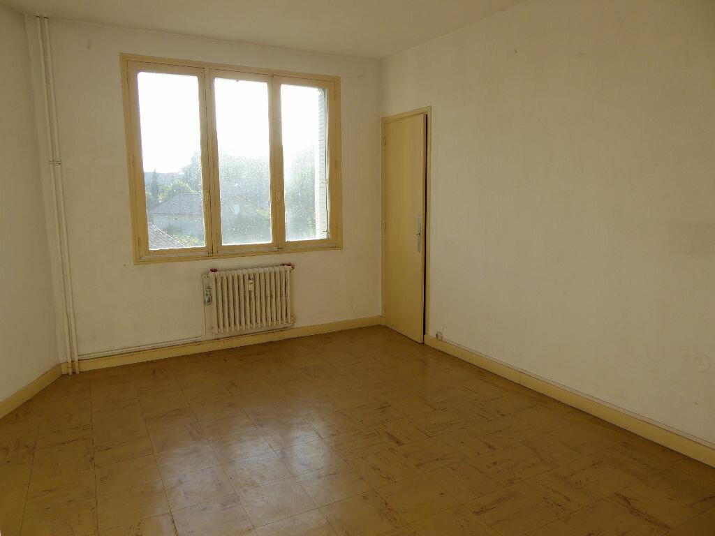 Achat Appartement 3 pièces à Aubenas - vignette-4