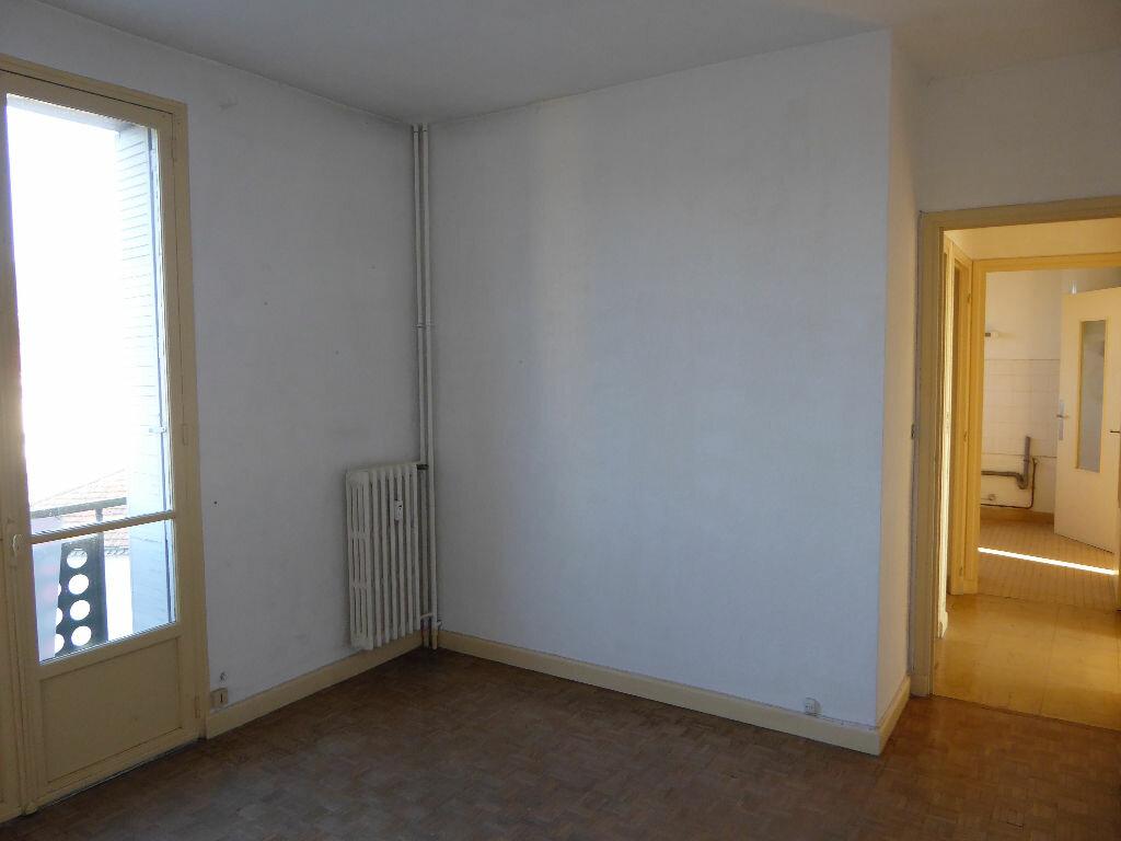 Achat Appartement 3 pièces à Aubenas - vignette-6