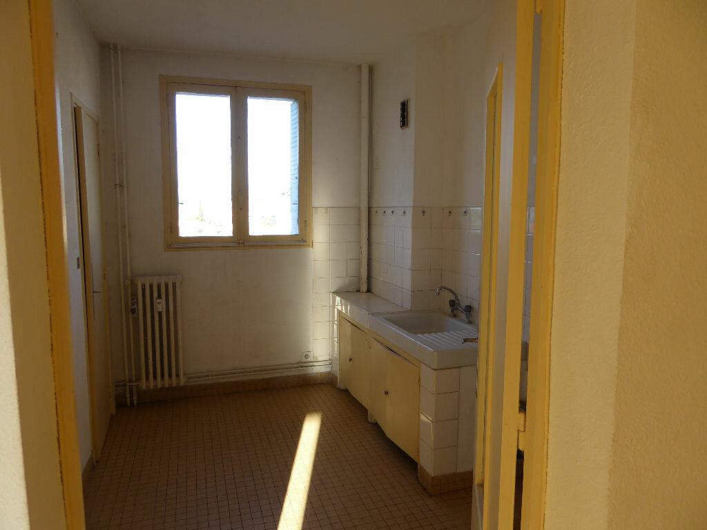 Achat Appartement 3 pièces à Aubenas - vignette-11