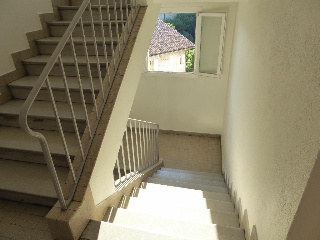 Achat Appartement 3 pièces à Aubenas - vignette-15