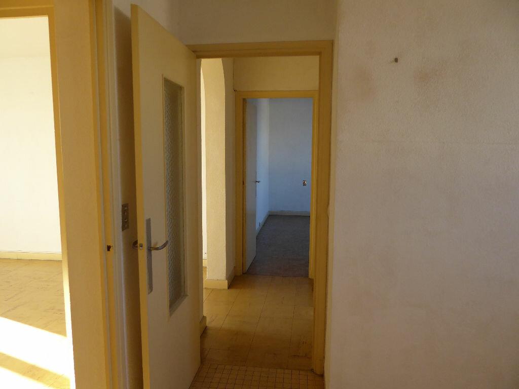 Achat Appartement 3 pièces à Aubenas - vignette-17