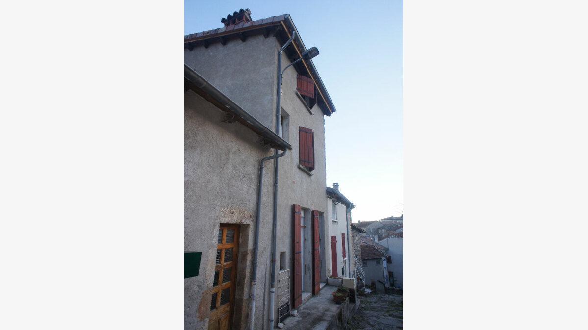 Achat Maison 6 pièces à Antraigues-sur-Volane - vignette-1