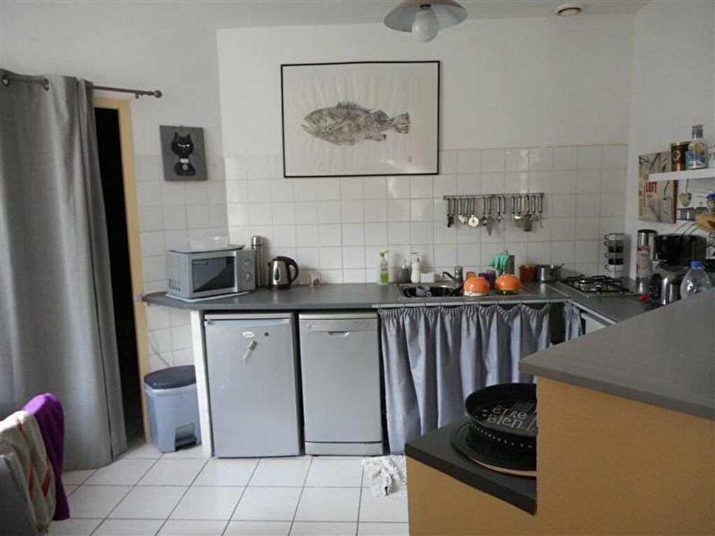 Achat Appartement 3 pièces à Asperjoc - vignette-3