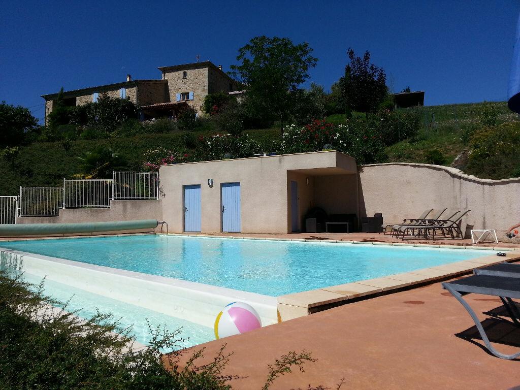 Achat Maison 27 pièces à Saint-Julien-du-Serre - vignette-3