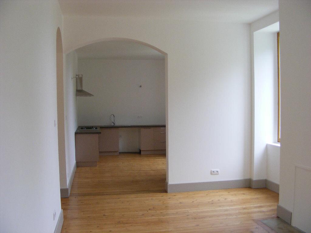 Achat Appartement 5 pièces à Vals-les-Bains - vignette-1