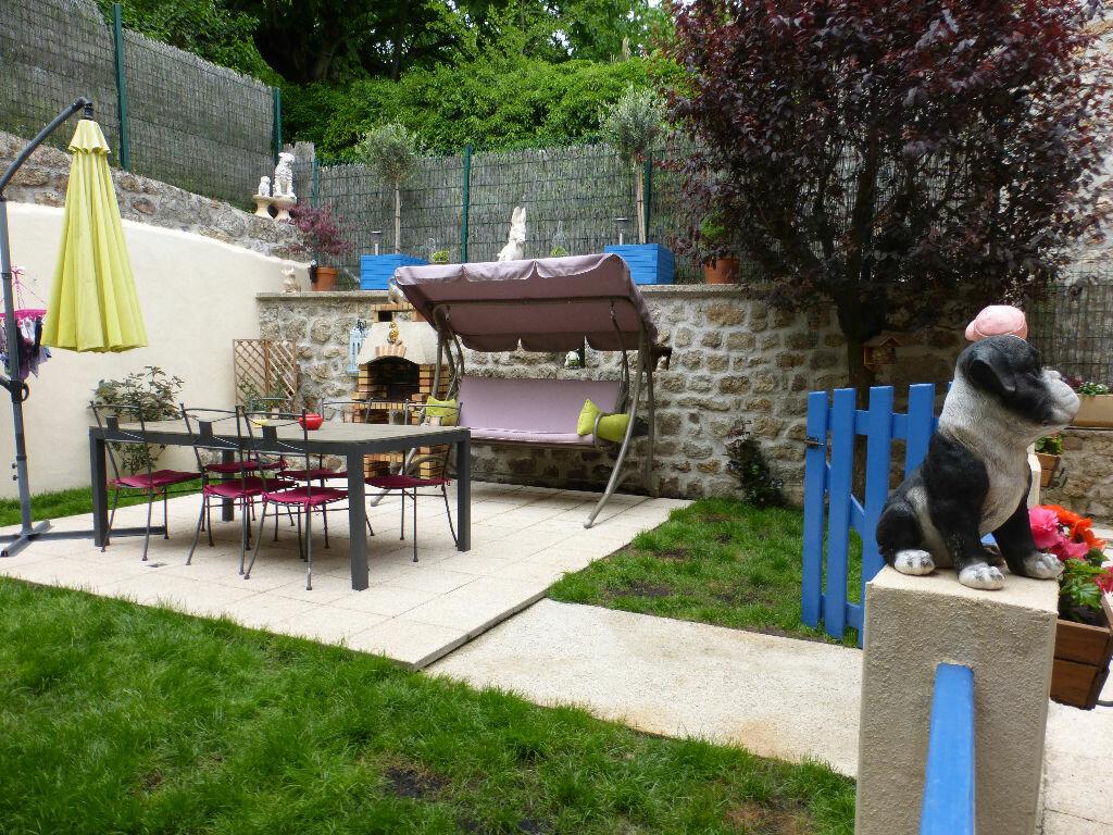 Achat Maison 6 pièces à Montpezat-sous-Bauzon - vignette-2