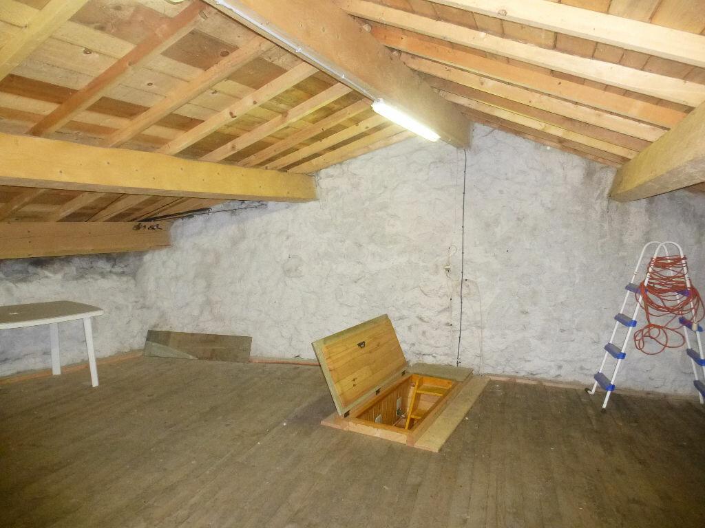 Achat Maison 6 pièces à Montpezat-sous-Bauzon - vignette-9