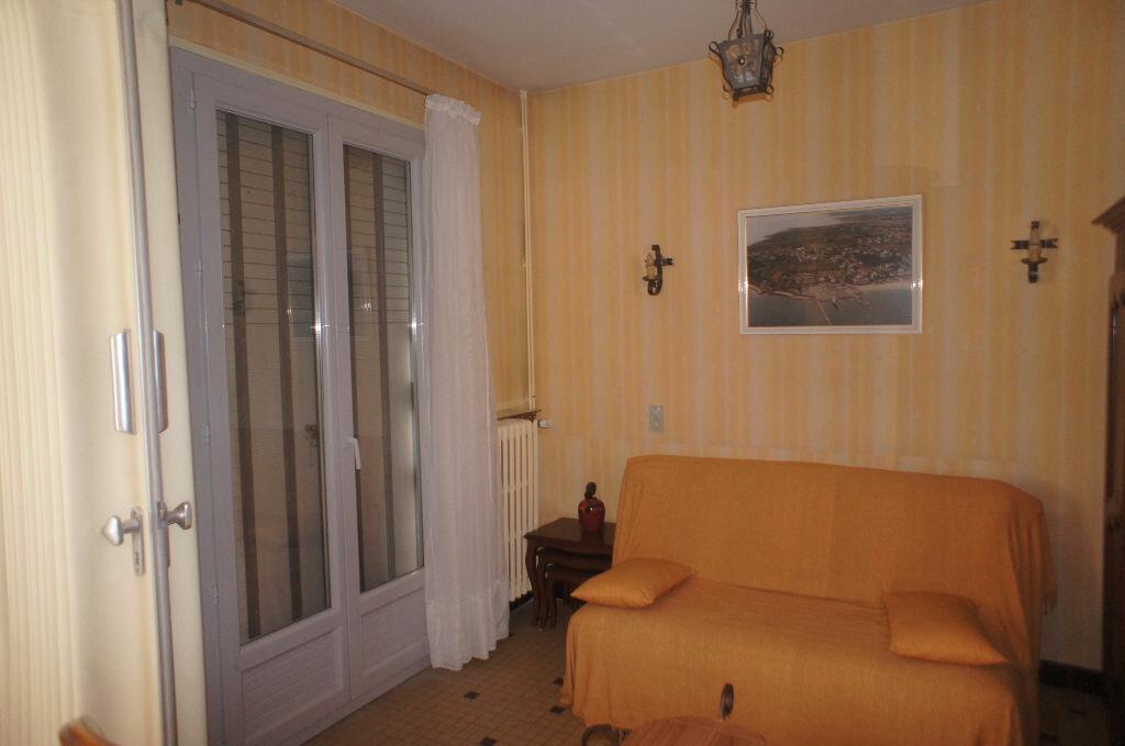 Achat Appartement 3 pièces à Vals-les-Bains - vignette-6