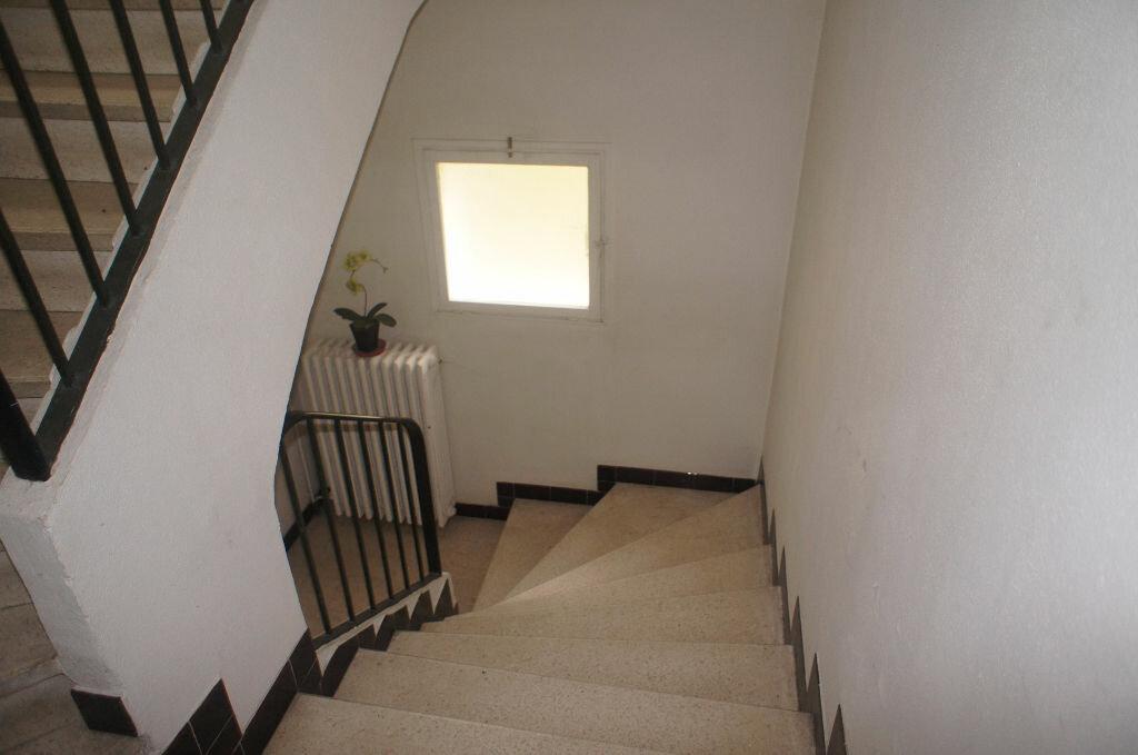 Achat Appartement 3 pièces à Vals-les-Bains - vignette-9