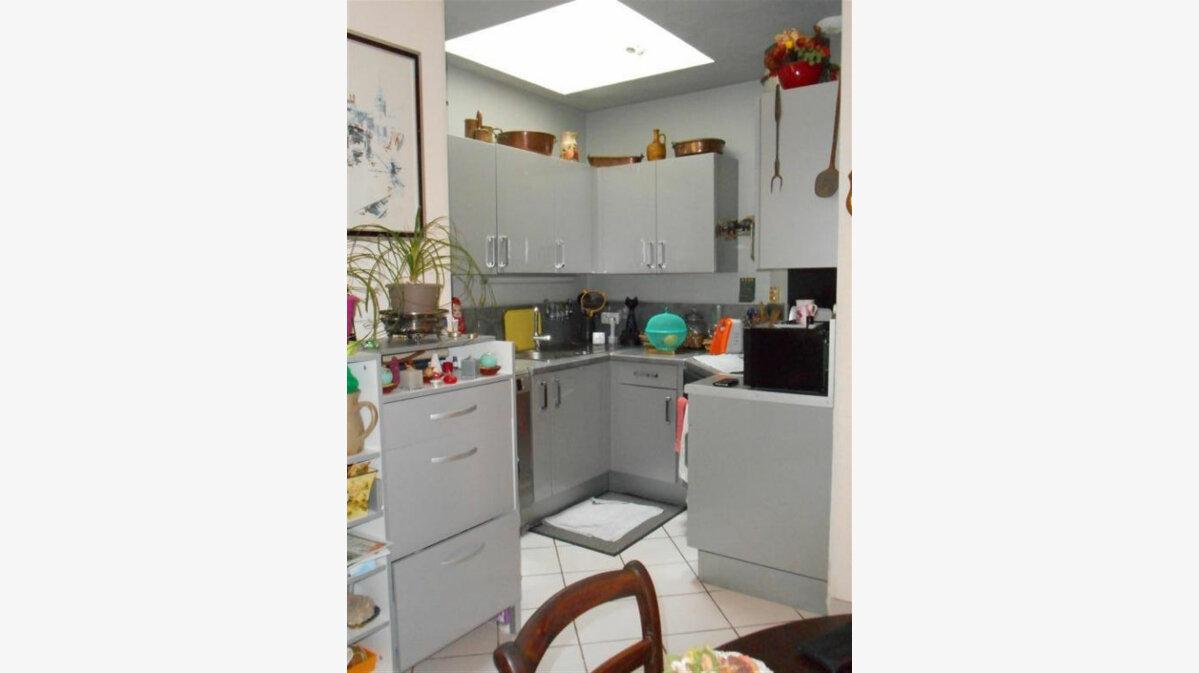 Achat Appartement 3 pièces à Vals-les-Bains - vignette-3