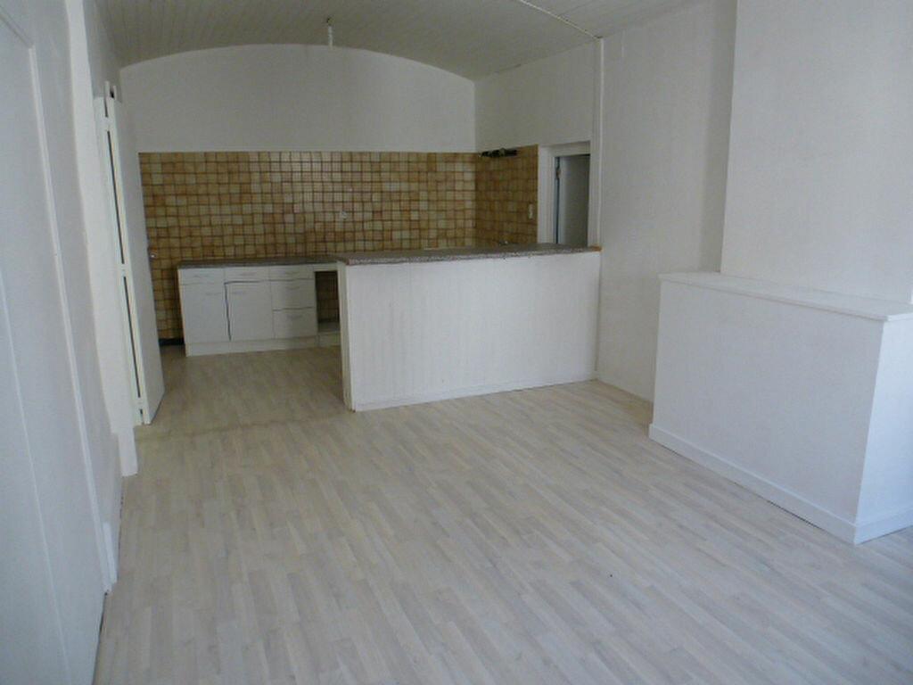 Achat Appartement 3 pièces à Joyeuse - vignette-1