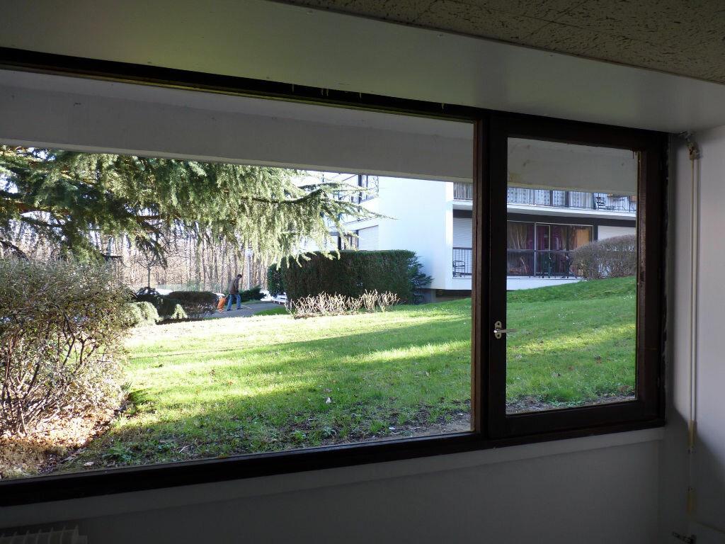 Location Appartement 1 pièce à Châtenay-Malabry - vignette-4