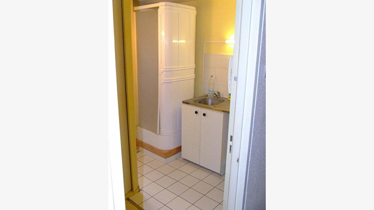 Location Appartement 1 pièce à Châtenay-Malabry - vignette-9