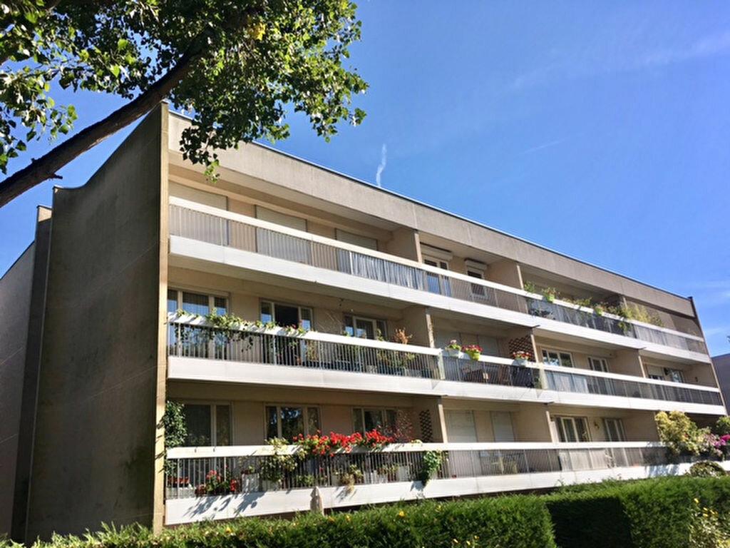 Achat Appartement 4 pièces à Verrières-le-Buisson - vignette-1