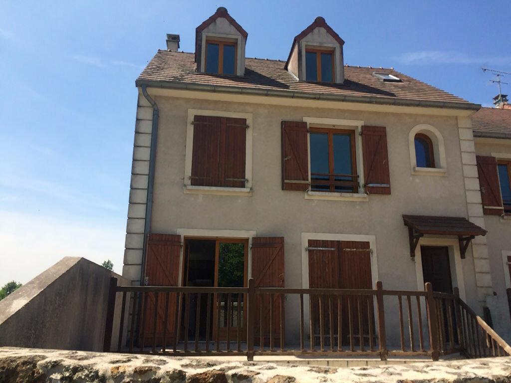Location Maison 5 pièces à Gif-sur-Yvette - vignette-1