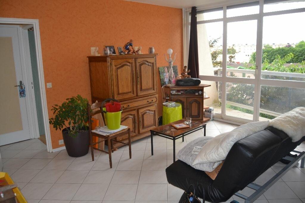 Achat Appartement 2 pièces à Plaisir - vignette-1