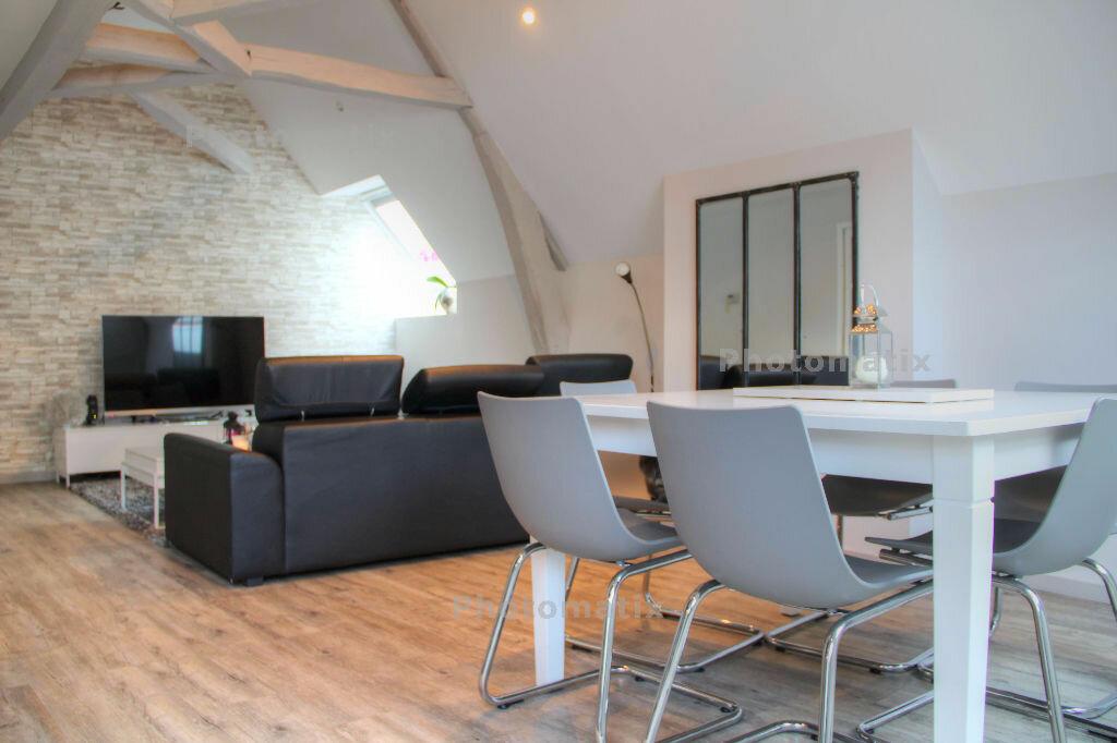 Achat Appartement 3 pièces à Jouars-Pontchartrain - vignette-2