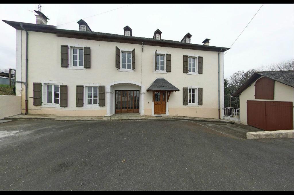 Location Maison 5 pièces à Monein - vignette-1