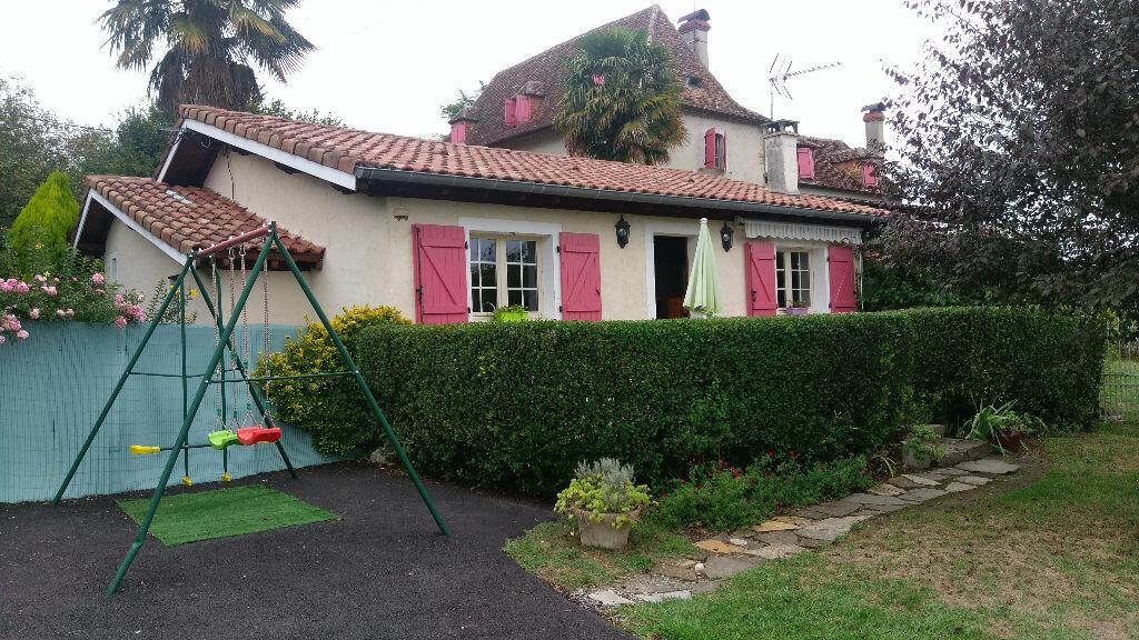 Location Maison 3 pièces à Ozenx-Montestrucq - vignette-1