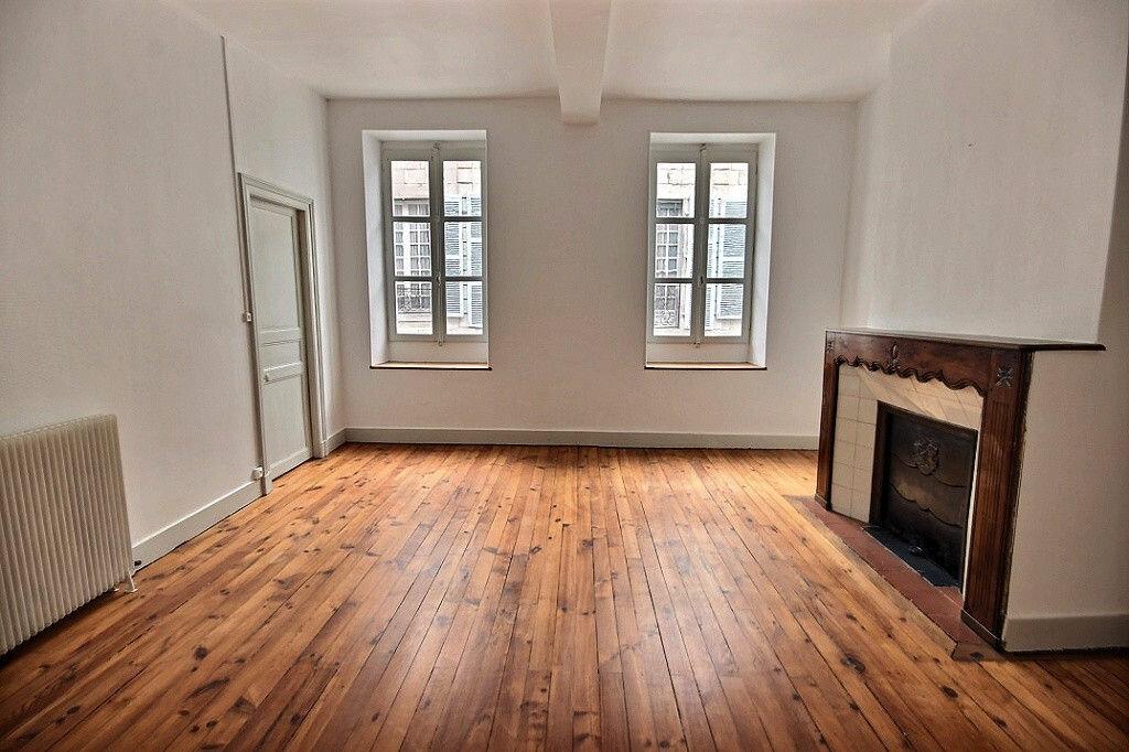 Achat Appartement 4 pièces à Orthez - vignette-2