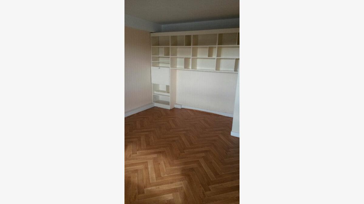 Location Appartement 1 pièce à Orthez - vignette-1