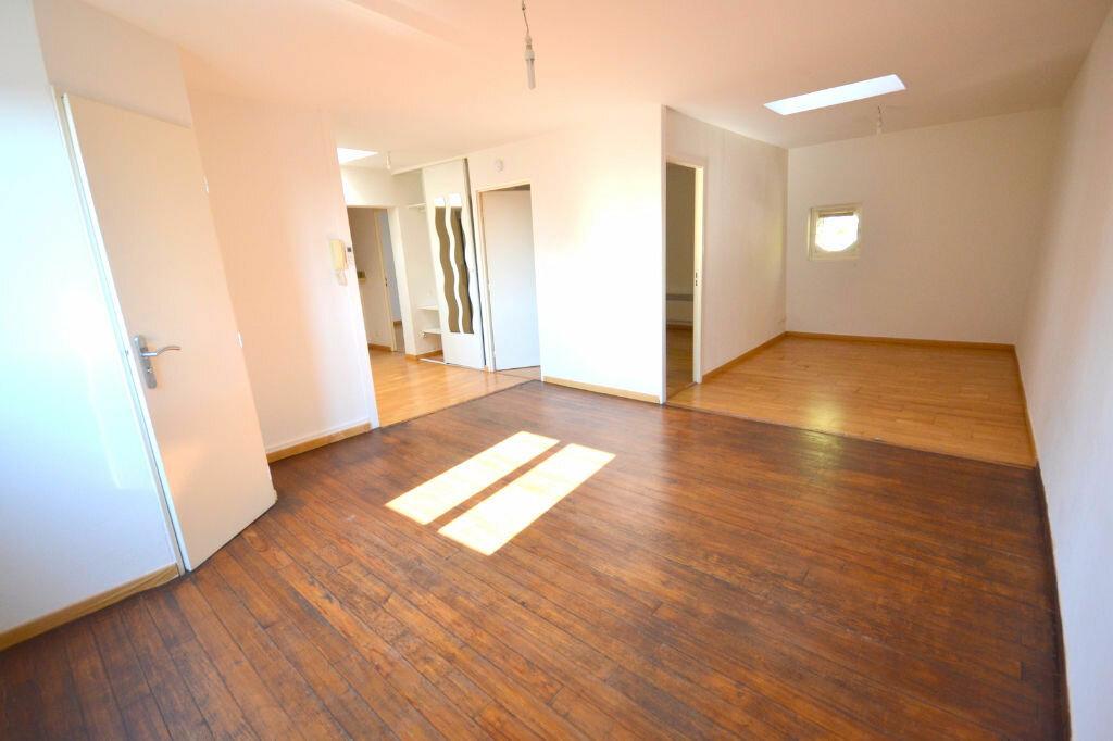 Achat Appartement 3 pièces à Lunel - vignette-2