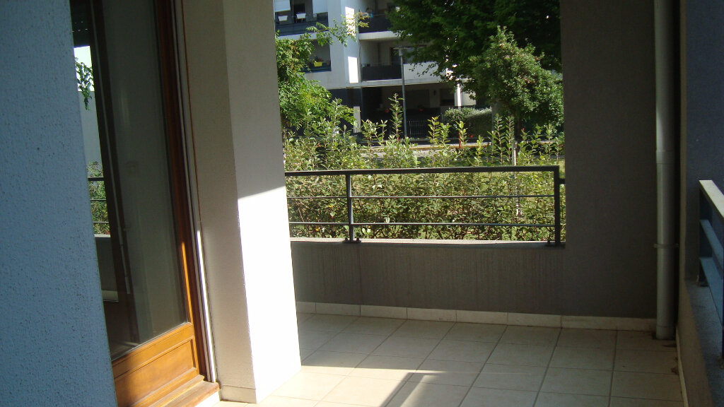 Location Appartement 3 pièces à Lunel - vignette-1